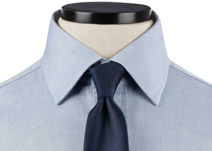Large Semi-Spread Collar