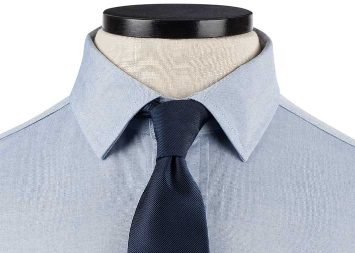 Small Semi-spread Collar